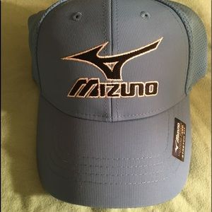 New Mizuno Fitted Golf Hat